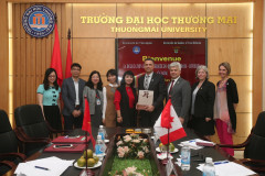 Thuongmai University Receives and Works with the University of Quebec à Trois Rivieres, Canada