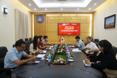 Thuongmai University receives and works with the delegation from Yokohama National University, Japan
